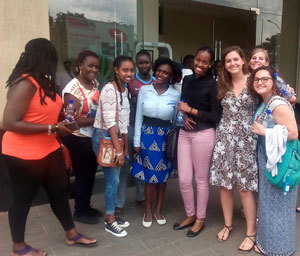 students from Sewanee and Victoria Univ, Uganda