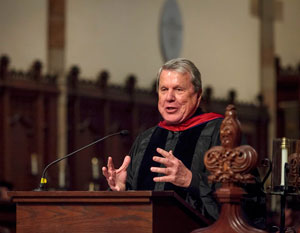 crabtree speaking at convocation